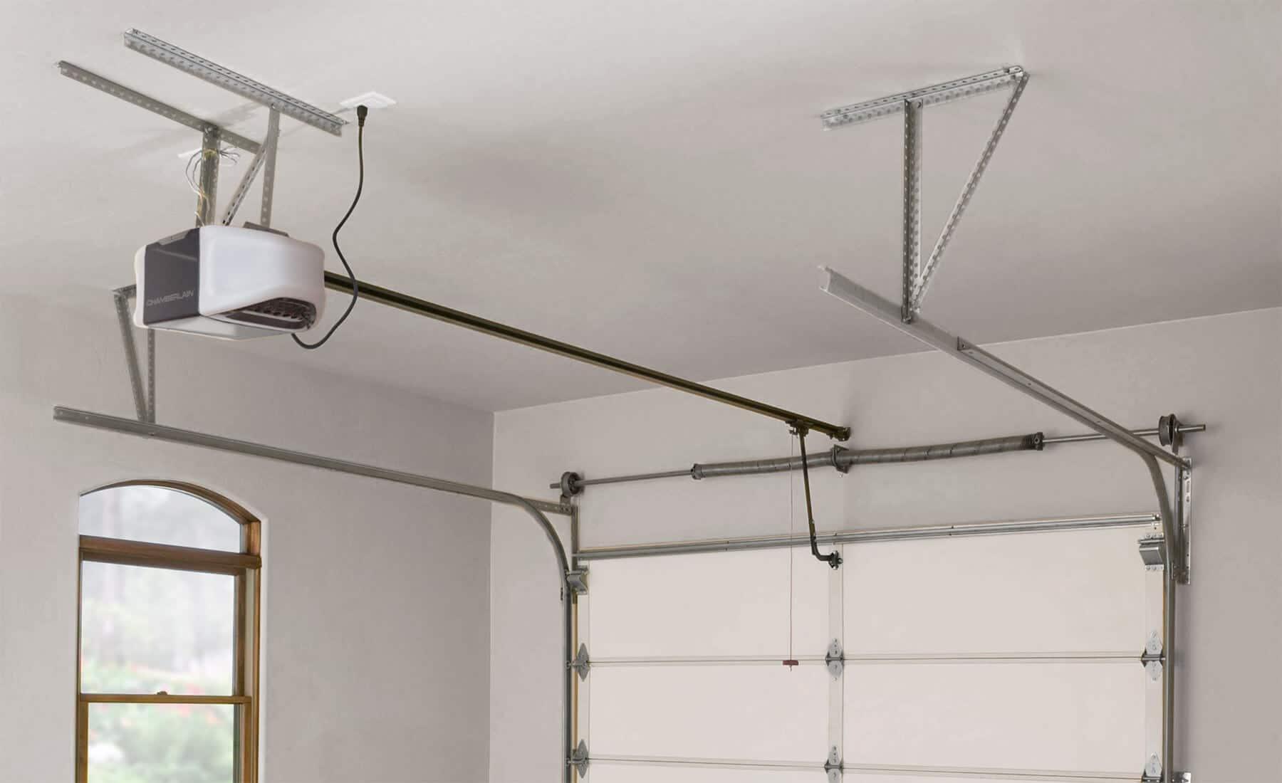 3 Reasons To Invest In Keyless Garage Door Opener Above The Rest