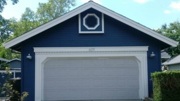 Can I Repaint a Garage Door in Colorado Springs?