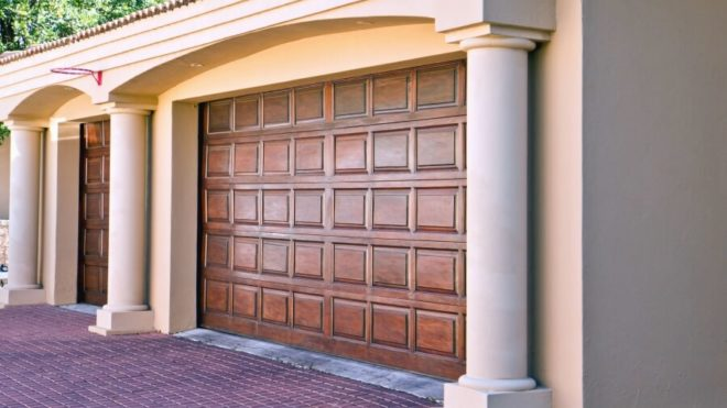Does Replacing Your Garage Door Increase the Value of Your Home?
