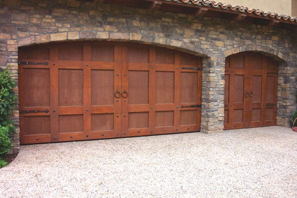 Pros and Cons of Aluminum Garage Doors in Denver, CO